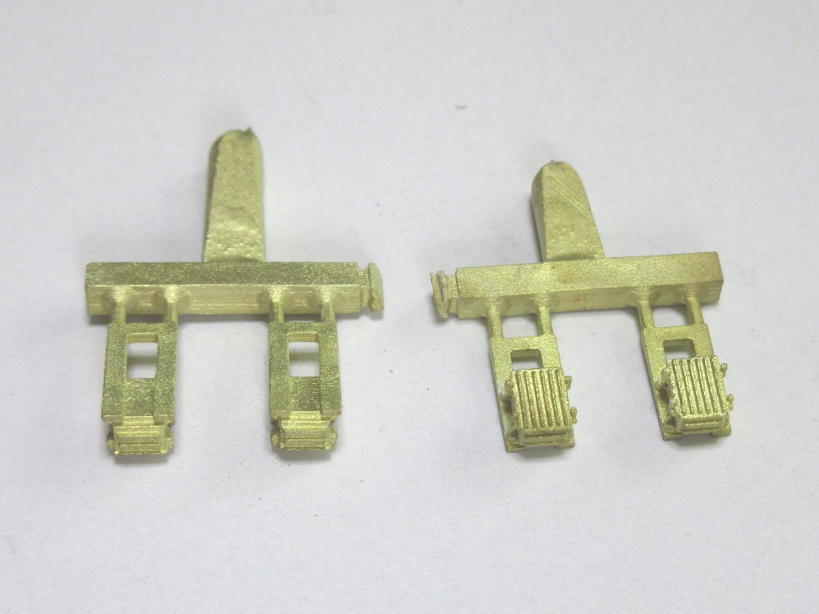 筑波車輌工業 D-005 自動電圧調整器[AVR-9](長)